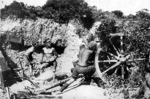Australian gunners in action on M'Cay's Hill, Gallipoli 19 May 1915